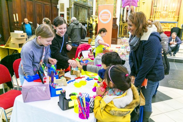 Happy-Hens-interact-at-the-Childrens-Business-Fair-blog